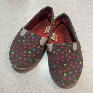 5/$20 Kidgets slip on shoes